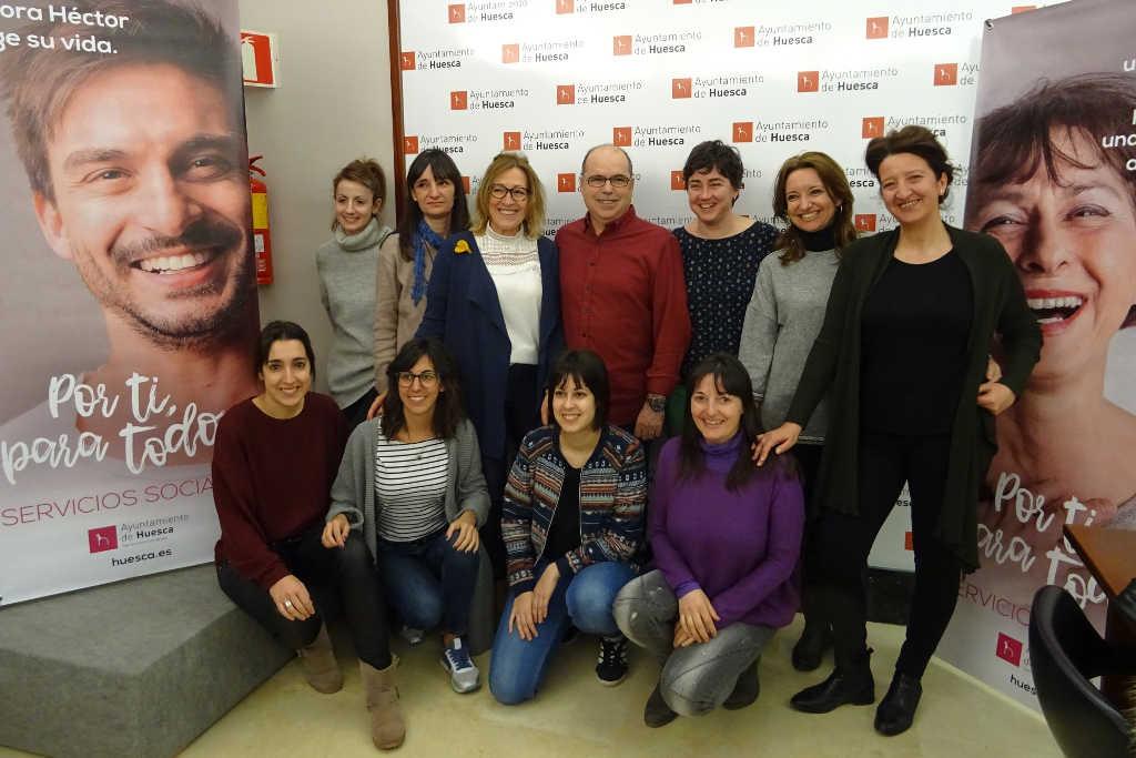 Uesca lanza una campaña para visibilizar el trabajo de Servicios Sociales