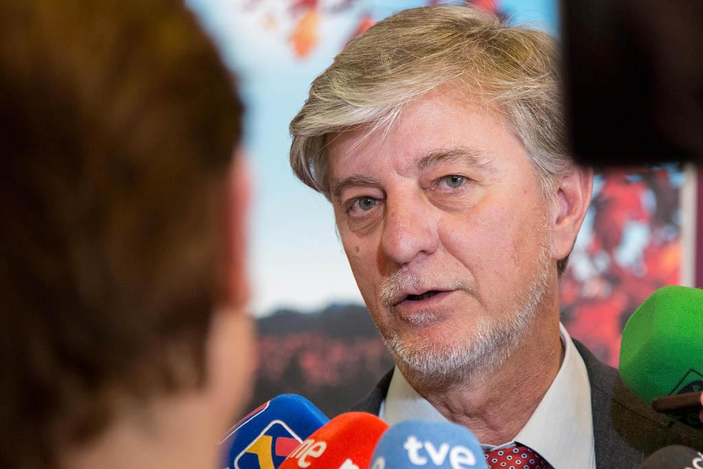 Santisteve pide ampliar el plazo para la solicitud de ayudas a particulares por la crecida del Ebro