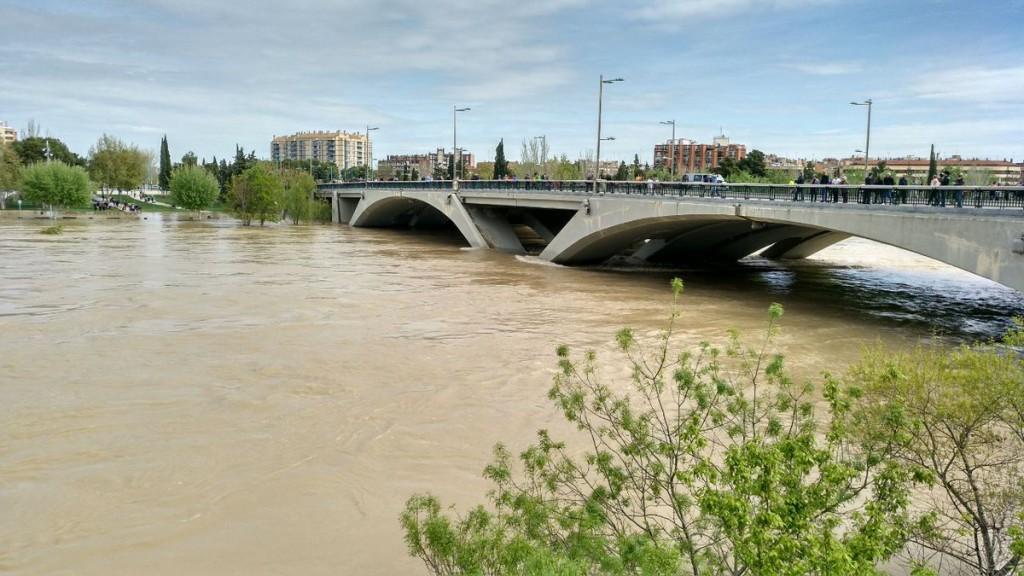 Continúa activado el Plan Municipal de Protección Civil por la crecida del Ebro