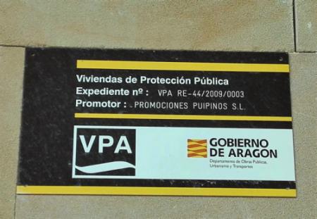 Stop Desahucios del Baixo Aragón denuncia el «abandono» de 15 viviendas nuevas vinculadas al Ejecutivo territorial
