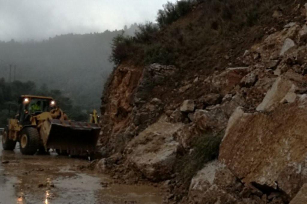Se reabre la carretera A-132 tras el desprendimiento ocurrido de madrugada