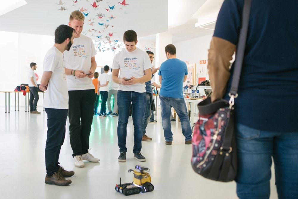 Etopia celebra este sábado una nueva edición del evento internacional Arduino Day