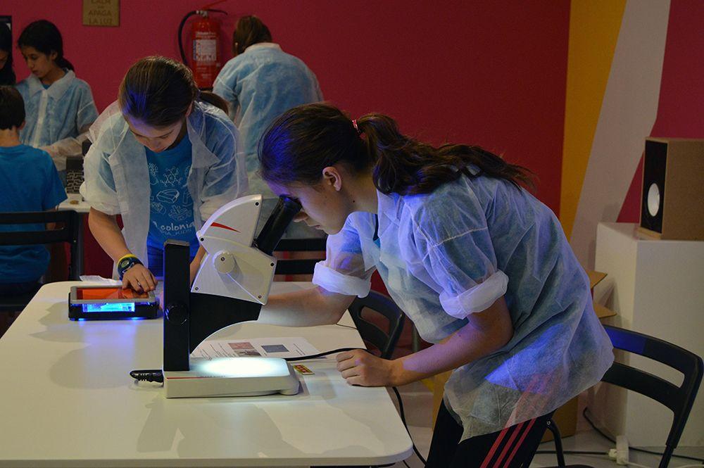 Etopia Kids traslada parte de su actividad al barrio Oliver y al Museo del Fuego y los Bomberos