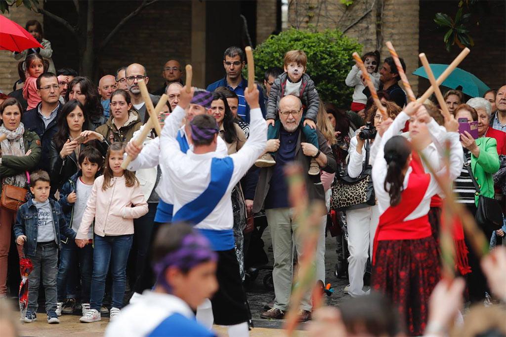 Cerca de 13.000 aragoneses y aragonesas han visitado el edificio Pignatelli en el Diya d'Aragón