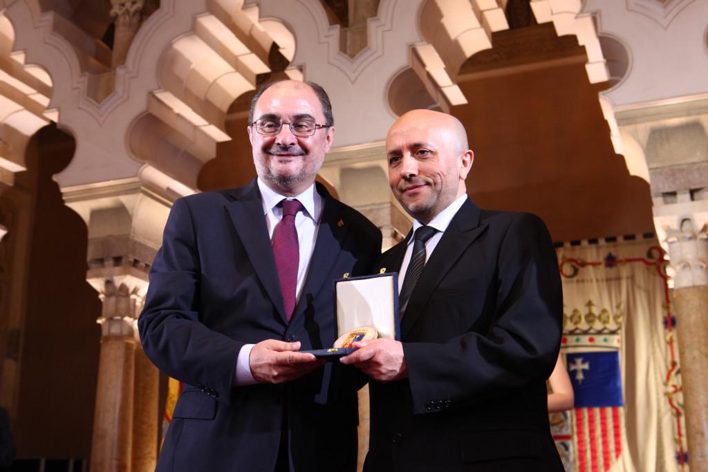 El Gobierno de Aragón premia a Luis Alegre por su importante labor de difusión cultural