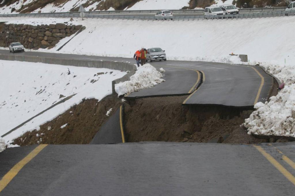 Las carreteras aragonesas a prueba por el temporal y el aumento de caudales de los ríos