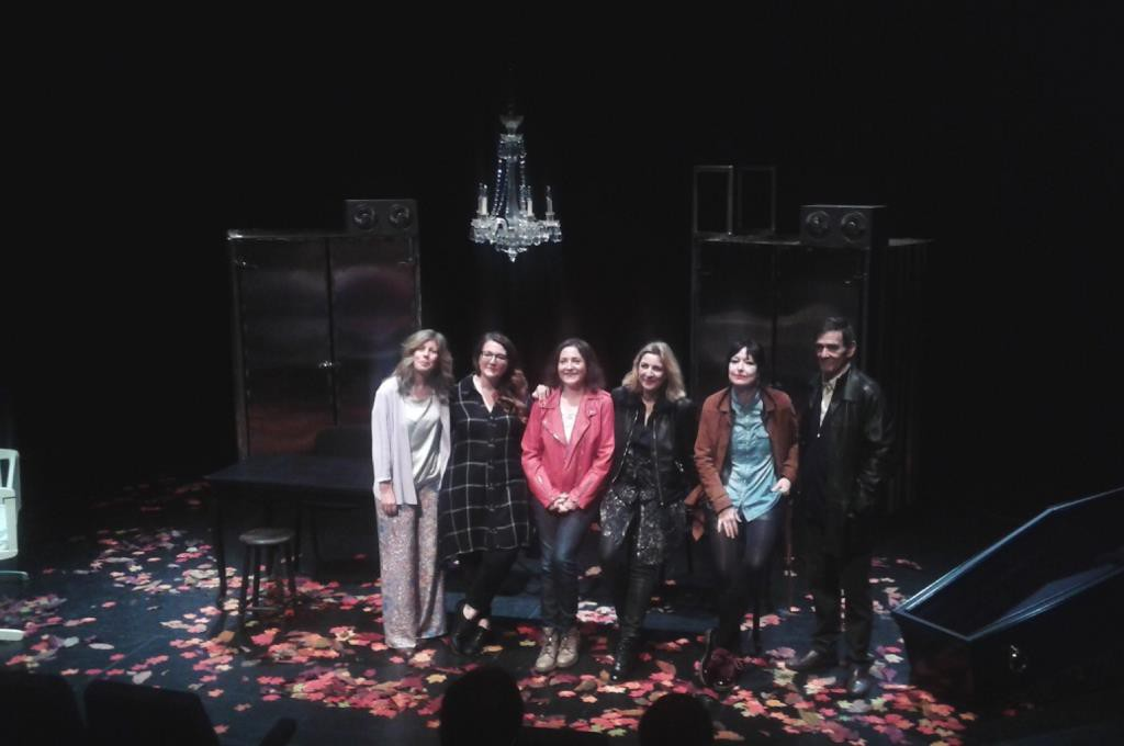 Cristina Yáñez retrata un irónico viaje por la vida en sociedad con la nueva producción de Tranvía Teatro
