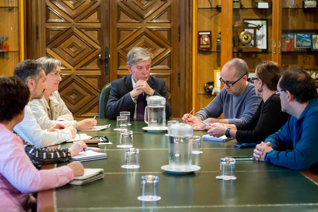 El Gobierno de Zaragoza recibe a las personas responsables de los Centro Sociolaborales