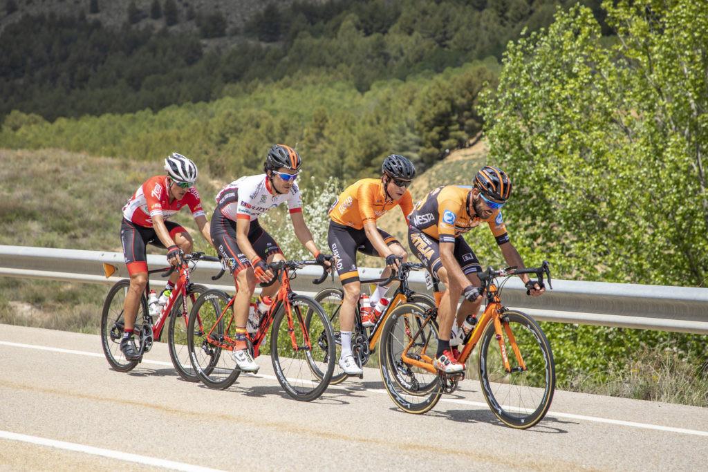 Jon Aberasturi primer líder de La Vuelta Aragón 2018