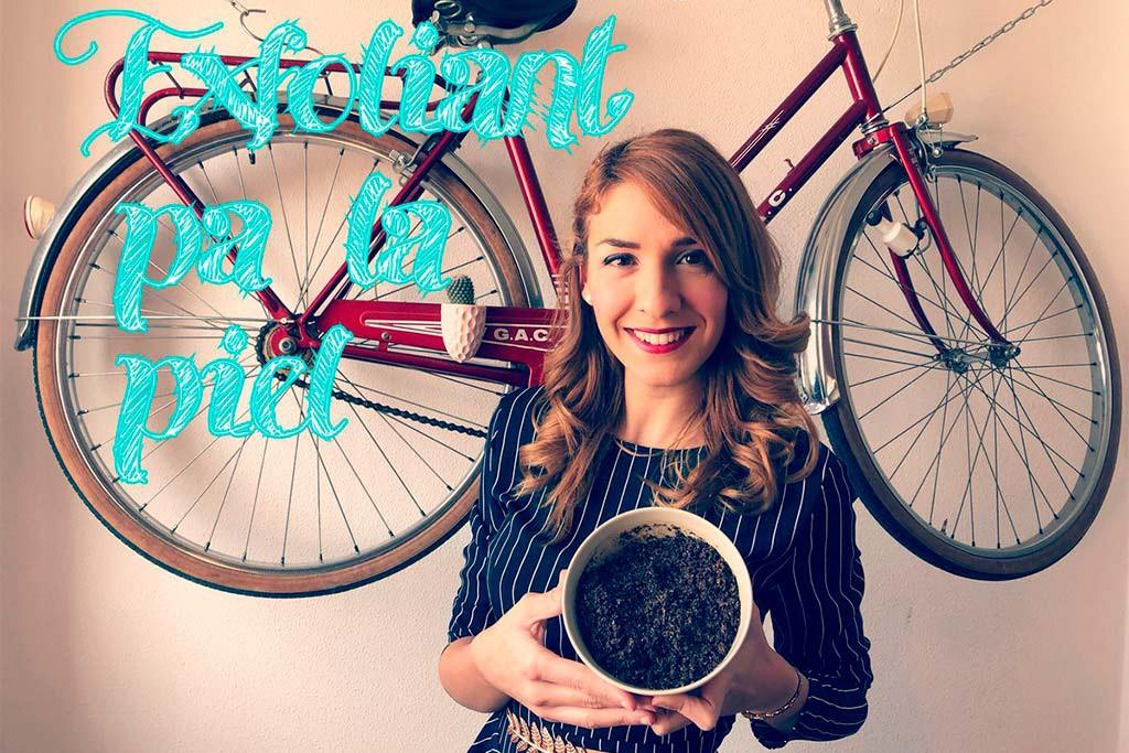 Silvia Cebolla y el canal de Youtube 'A Escuchetes' ya tienen libro