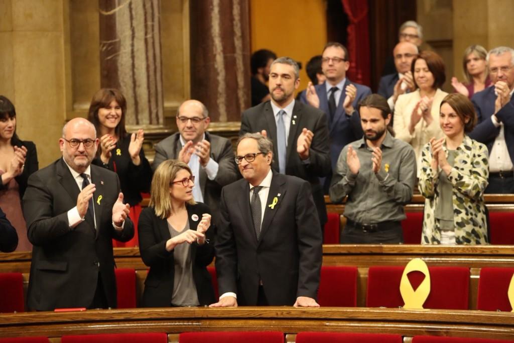 Joaquim Torra es investido president de la Generalitat en una sesión centrada en sus tuits sobre el Estado español