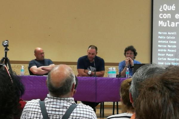 Arteaga, González y Casas durante la charla en Ricla.