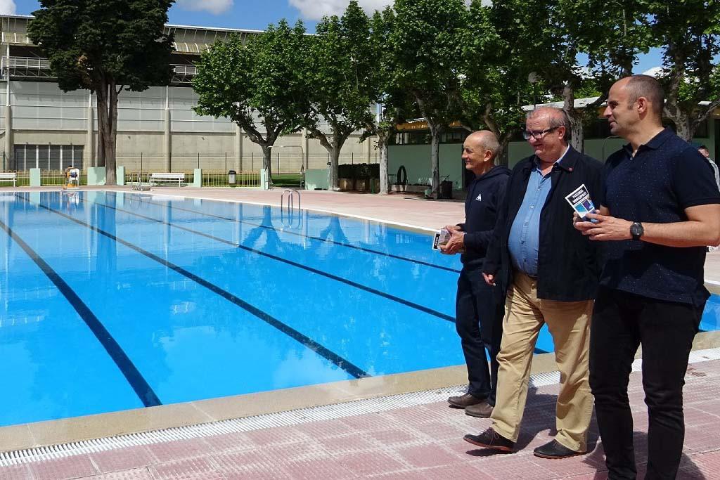 Uesca presenta la temporada de piscinas y la campaña de actividades deportivas de verano