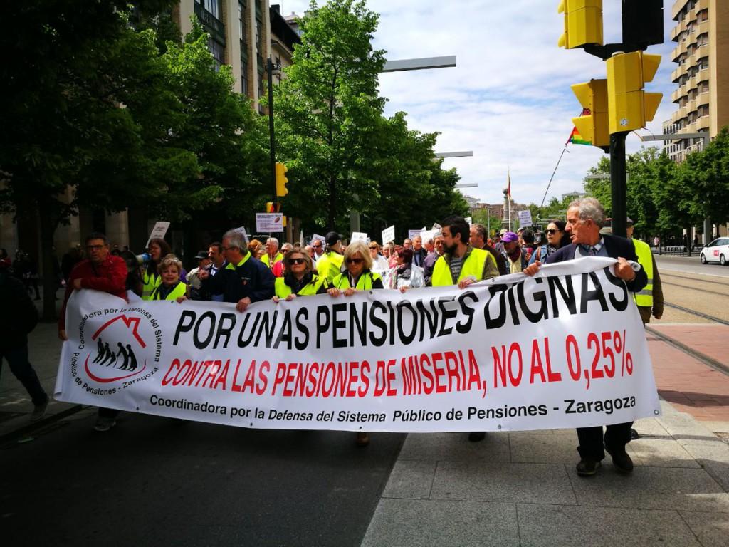 'Insistir, persistir y resistir, nunca desistir': el movimiento en defensa del sistema público de pensiones vuelve a tomar las calles