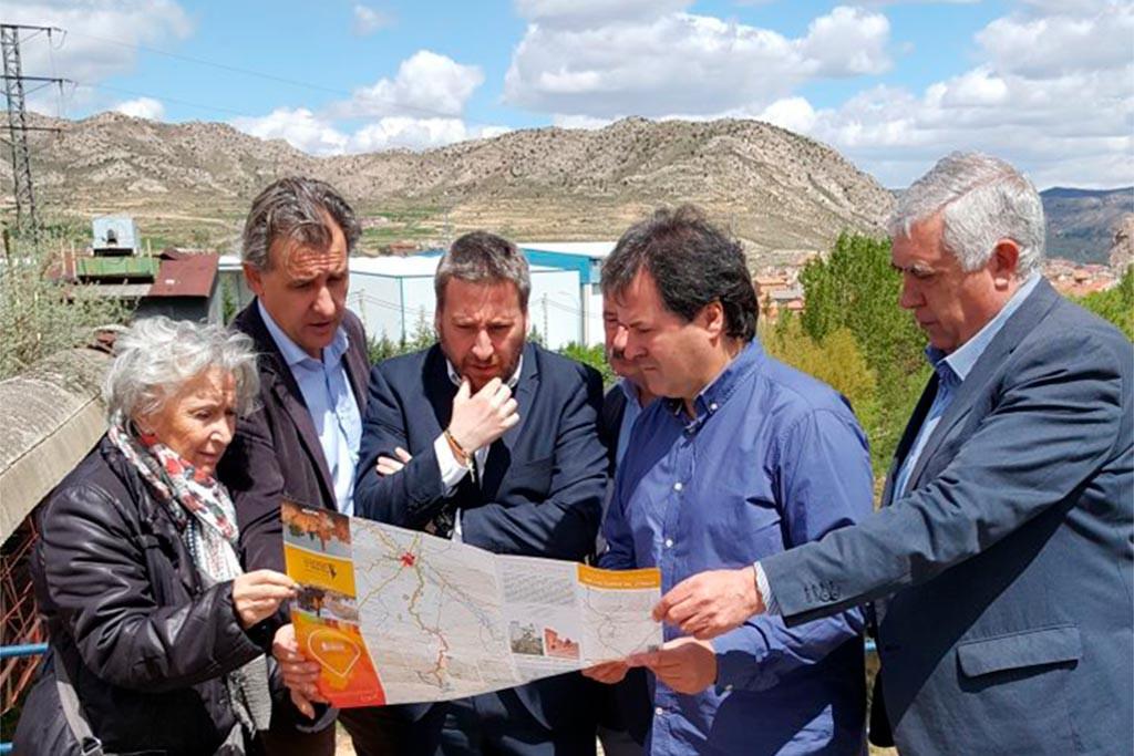 """""""Paisajes de Labordeta"""" en Utriellas, una invitación para conocer la historia del ferrocarril y la minería"""