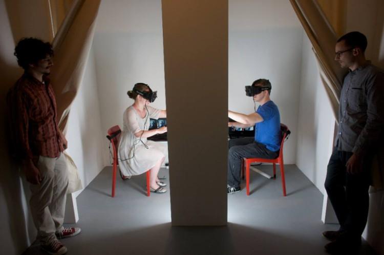 'La Máquina de Ser Otro', la experiencia que permite a los y las usuarias 'intercambiar' su cuerpo en ETOPIA
