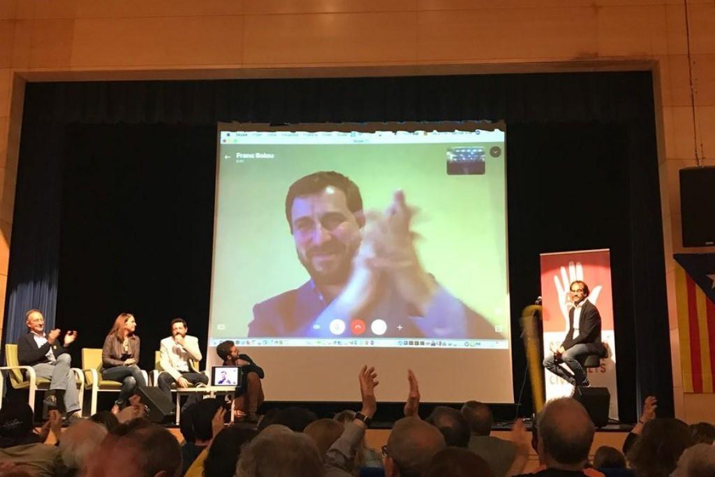 El TC estudiará si anula el voto delegado de Carles Puigdemont y Toni Comín