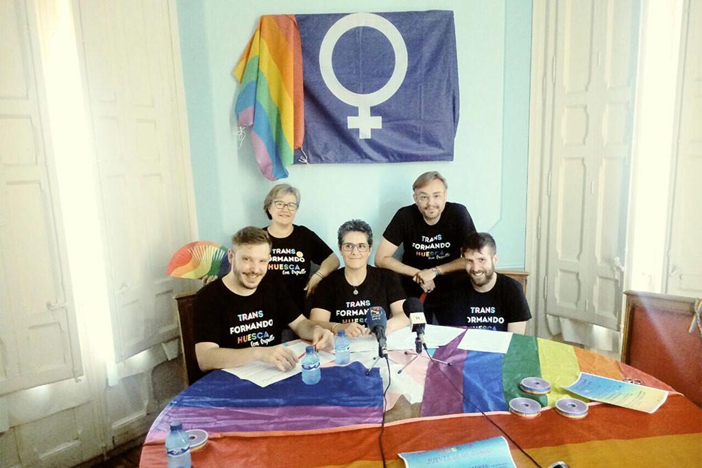 Aragón sale a las calles para manifestarse y celebrar el Orgullo LGTBIQ+