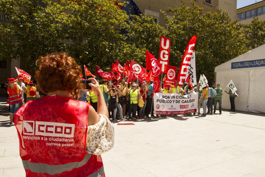 La plantilla de Correos reclama al nuevo Gobierno un modelo viable para el servicio postal