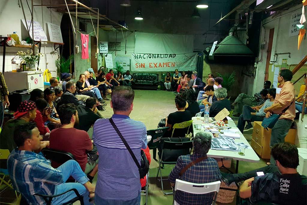 Los encierros de migrantes de Barcelona, Badalona y L'Hospitalet se extienden ahora a Blanes, en Girona