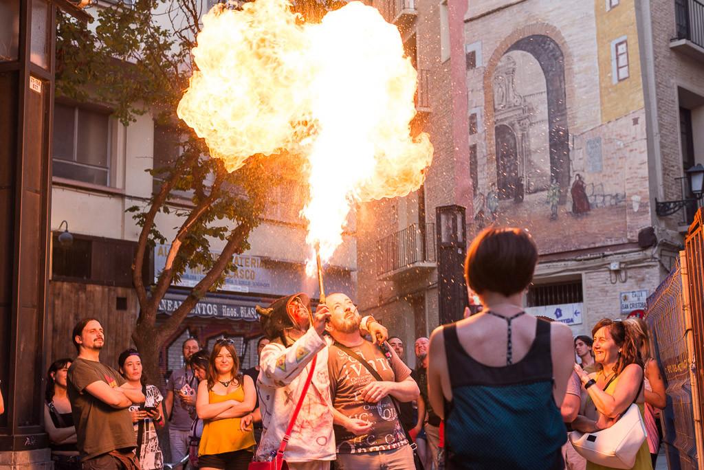 Diaples en la plaza de la Madalena. Foto: Pablo Ibáñez