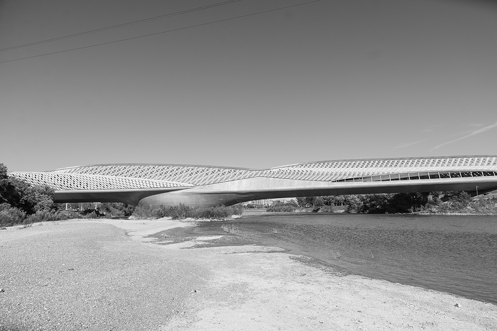 El Pabellón Puente sigue cerrado. Foto: Pablo Ibáñez (AraInfo)