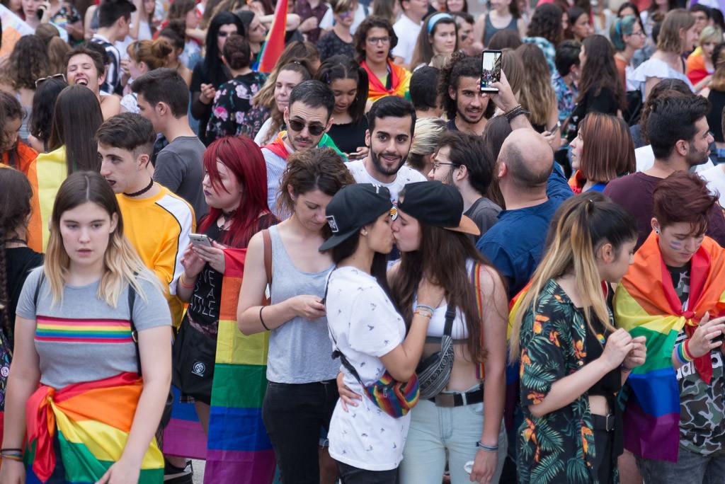 El día en el que la OMS decidió que la homosexualidad no necesitaba tratamiento