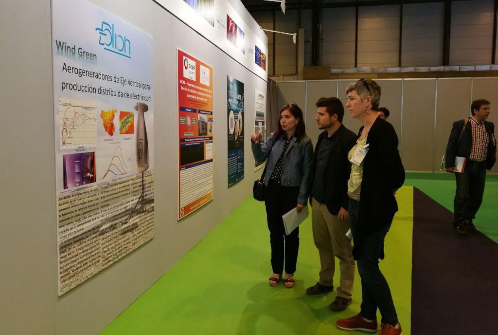 """Podemos Aragón denuncia el """"disparatado trato"""" que han recibido los productores de energías renovables durante estos años"""