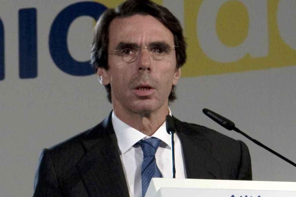 Aznar amenaza con volver de nuevo
