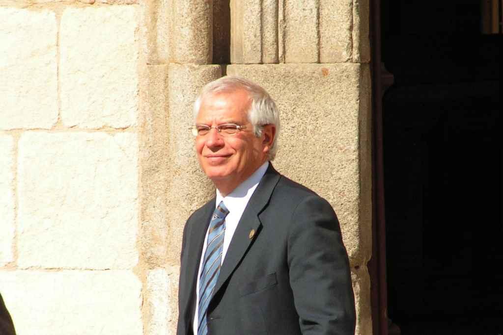 Borrell confirma que el Gobierno español venderá las 400 bombas al régimen saudí