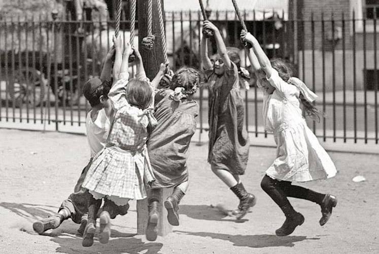 Hacia una acción social transformadora y desmercantilizada: Escuela de Verano de Baladre en Zaragoza