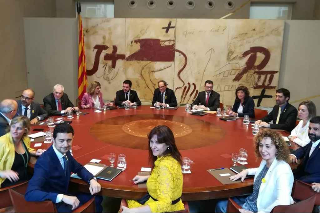 Primera reunión del nuevo Govern de Torra tras la toma de posesión. Foto: @govern
