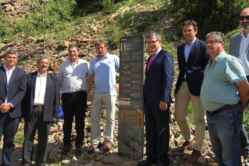 Inaugurado el monolito homenaje a la Bolsa de Bielsa