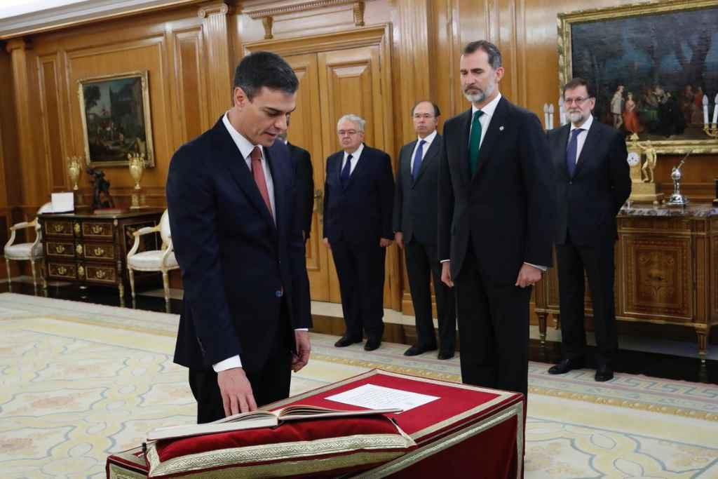 Pedro Sánchez anuncia medidas legales contra una resolución del Parlament que reprueba a Felipe de Borbón