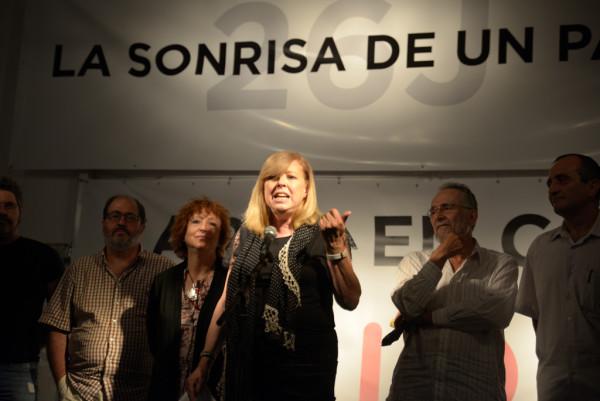 Rosa María Artal durante la noche electoral del 26J de 2016. Foto: Pablo Ibáñez (AraInfo)