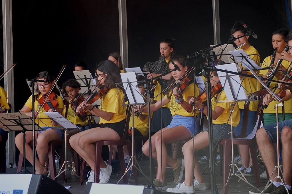 Más de 12.000 personas han disfrutado del festival de instrumentos tradicionales Pirenostrum
