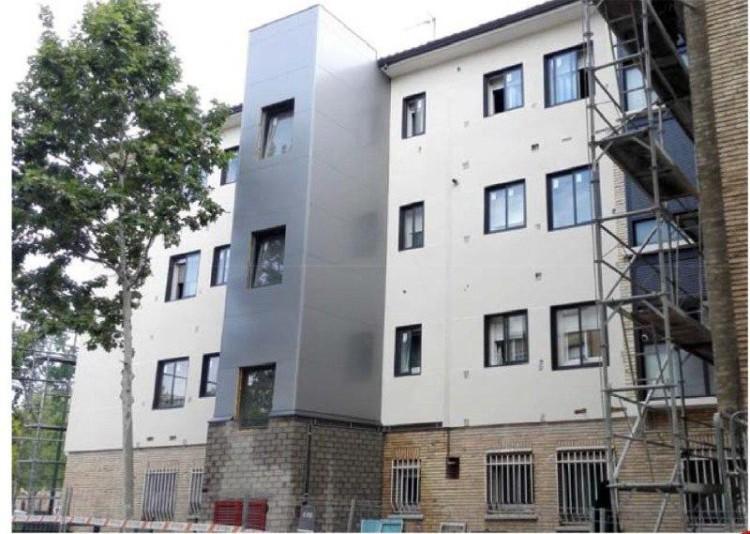 Zaragoza concede ayudas para la rehabilitación que benefician a 477 viviendas y ascienden a más de tres millones de euros