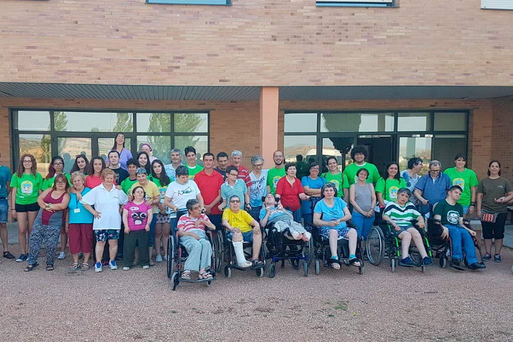 14 jóvenes procedentes de 4 estados se reúnen en el Campo de Voluntariado Juvenil de ATADI en Alcorisa