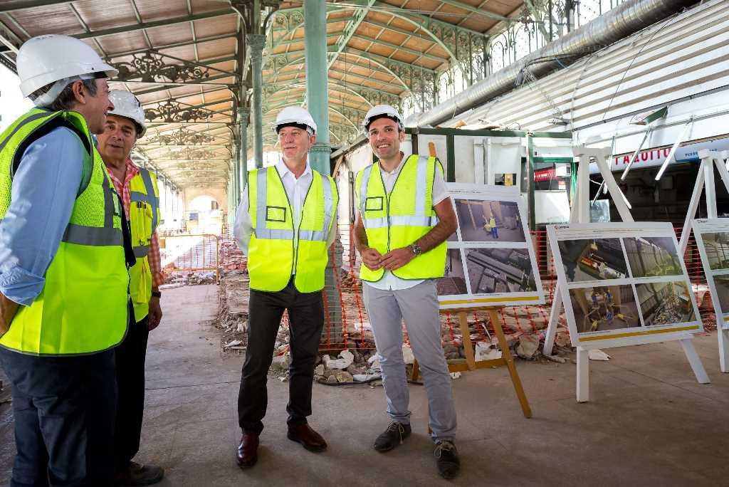 Las obras de rehabilitación del Mercado Central están dejando a la vista su estructura original