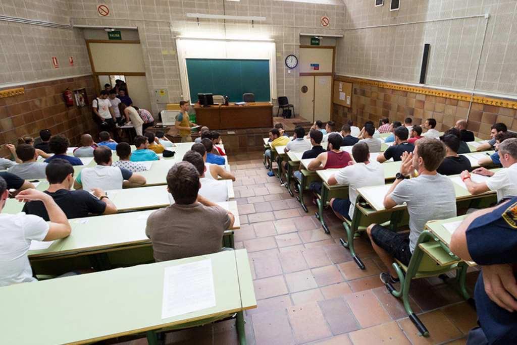 Fuertes críticas a las oposiciones para docentes de Aragón