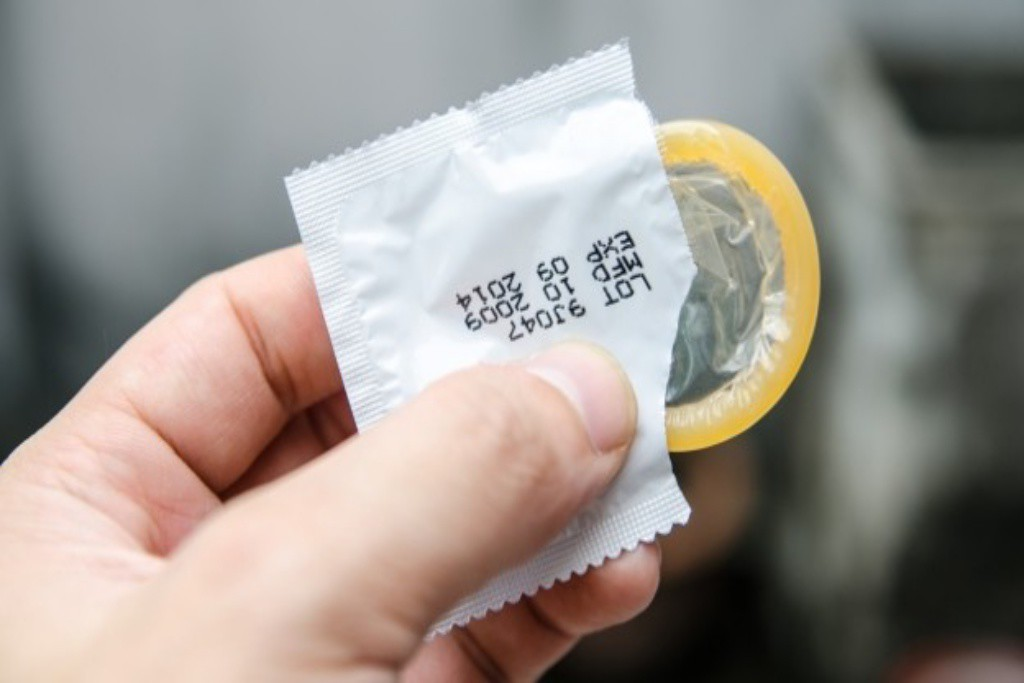 El Departamento de Sanidad insiste en la necesidad de prevenir las enfermedades de transmisión sexual con el uso del preservativo