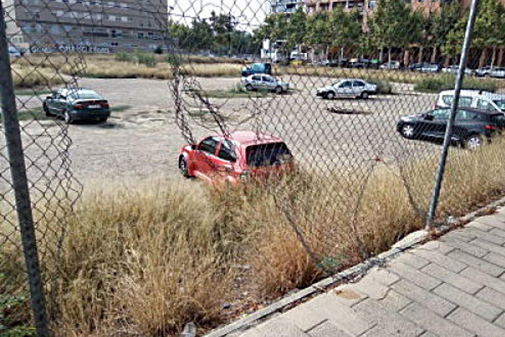 """La Asociación Vecinal solicita la intervención """"inmediata"""" en los solares del Barrio Jesús"""