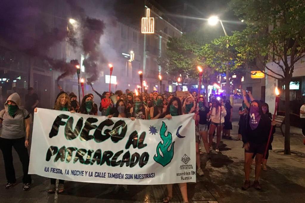 Las fiestas de Uesca acaban con dos agresiones machistas, una denuncia y dos semanas de mentiras