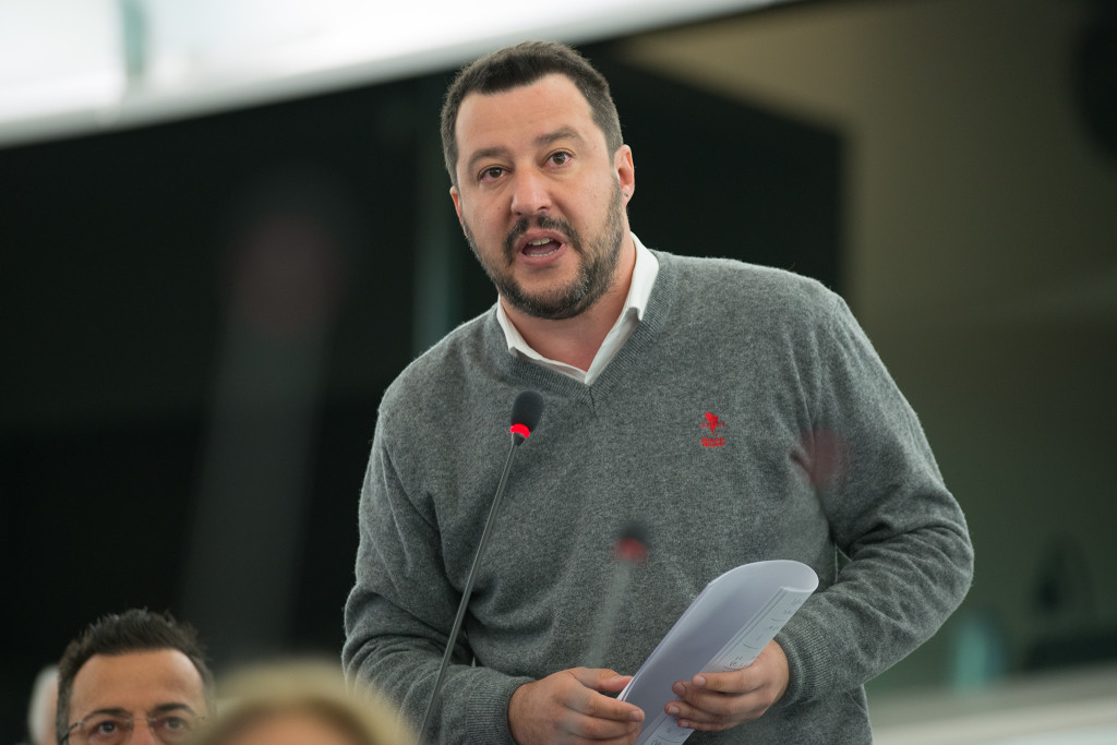 La Justicia investiga a Salvini por secuestro, arresto ilegal y abuso de poder con personas migrantes