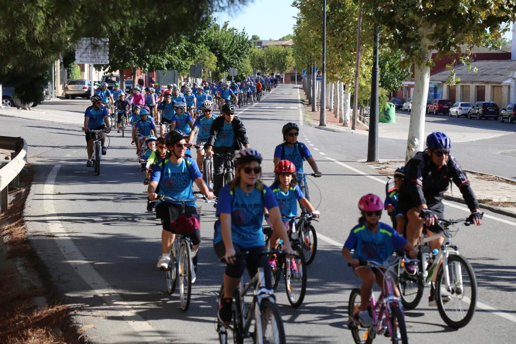 El XXII Día de la Bicicleta de Mequinensa supera las 300 personas inscritas