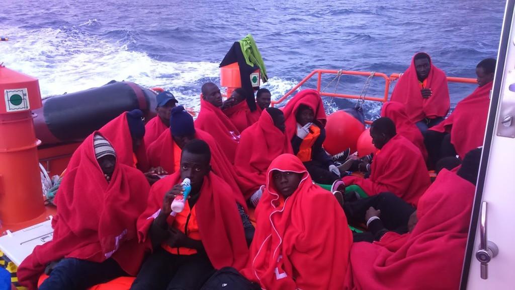 Denuncian que SASEMAR permite que las embarcaciones de rescate de personas funcionen como autobuses en plena crisis migratoria