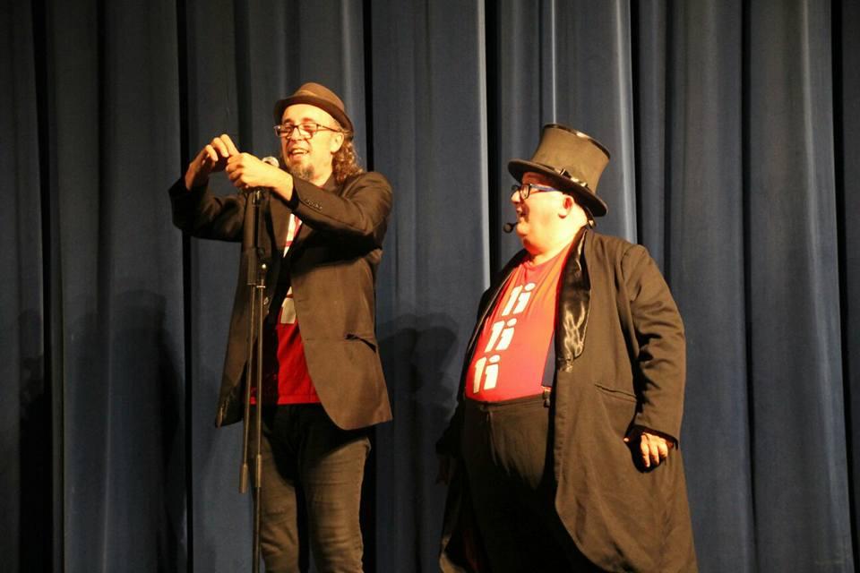 Pepín Banzo y Kayto acercan su espectáculo 'Como dos goticas de agua' a las fiestas de Zuera