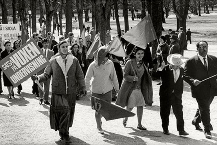 El CSC Luis Buñuel acoge el taller sobre antigitanismo y cómo combatirlo de Silvia Agüero