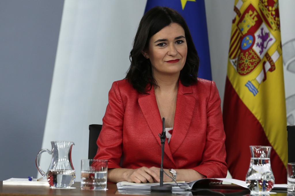 Carmen Montón, ministra de Sanidad, presenta su dimisión por las presuntas irregularidades en su máster