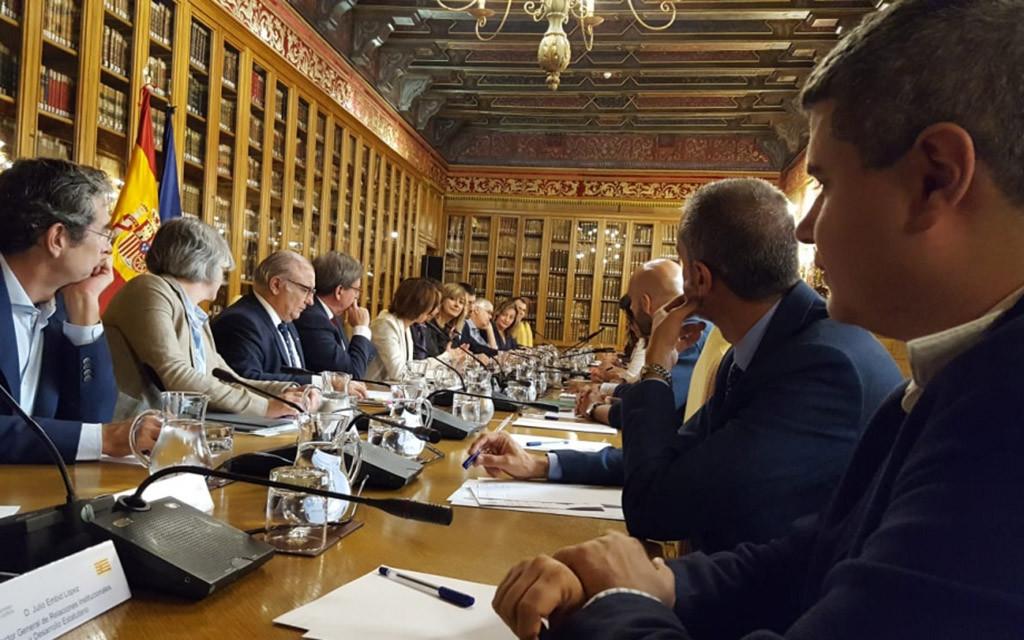 Julio Embid anuncia un nuevo impulso a la Memoria Histórica en Aragón este año